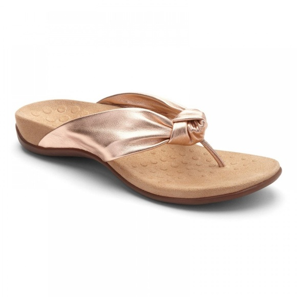 321657a1c9a944 Vionic Pippa Rose Gold Leather Flip Flop New. M 5b2057d2c61777f040547880